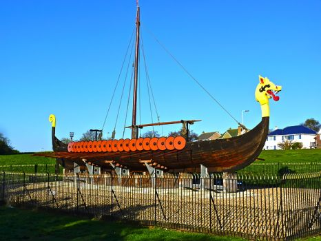 KENT - PEGWELL BAY, VIKING SHIP