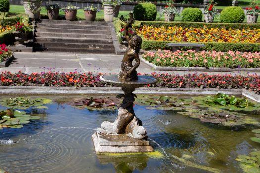 Butchart Gardens fountain