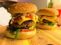 Lunch or Dinner: Spicy bacon cheeseburgers on a bed of spinach and topped with fresh spring onions
