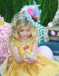 Little girl & bird