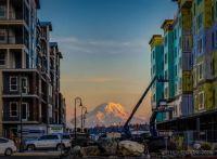 Mt  Rainier  by  Harald Hohendorf