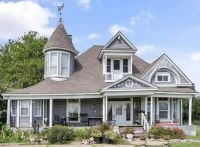 1900 Victorian Home in Texas