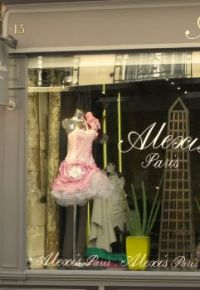 Ooh la la! - Paris shop window