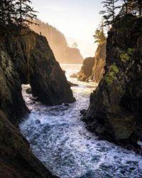 Hidden cove on the Oregon coast