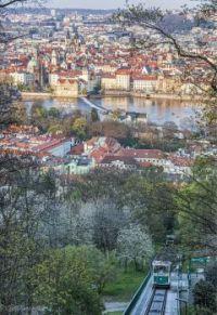 Pohled na Prahu z Petřína - View of Prague from Petrin Hill