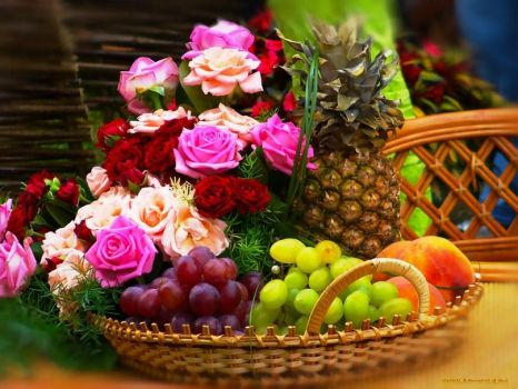 floral fruit composition