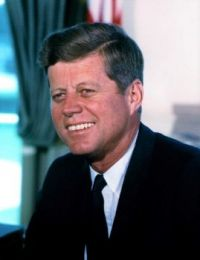 5 Famous Pieces of Presidential Trivia (That Are Total BS) - JFK's Dad Was a Bootlegger