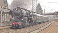 steam-locomotive-2361968_1920