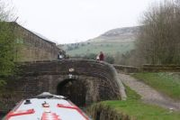 A cruise along the Huddersfield Narrow Canal (216)