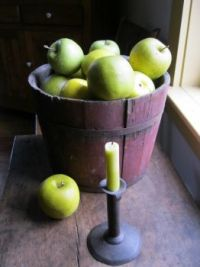 Apples and light