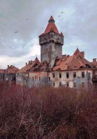 Abandoned Castle , Hungary