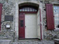 Door to Art shop quebec city