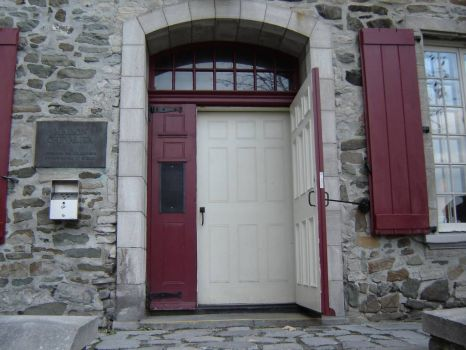 Door to Art shop quebec city