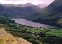 Buttermere_from_Rannerdale_Knotts