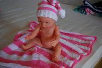 newborn hat and blanket / čepička a dečka