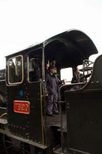 gloucestershire warwickshire railway 23-04-2016 7820 Dinmore Manor C B Collett 1938 at toddington 01