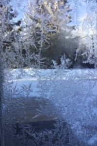 696A04CC-624A-4150-84D7-572221112D64frost on the window