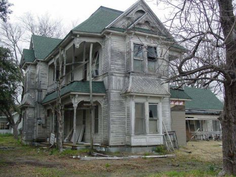 another creepy house