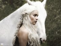Daenerys-Targaryen-Game-of-Thrones-1