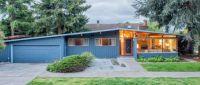 Long blue house 4