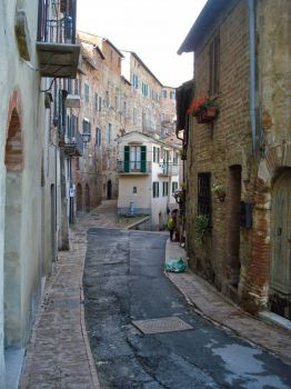 Narrow street in Montepulciano, Tuscany.