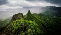 Ola Mana Three Peaks Trail, Hawaii