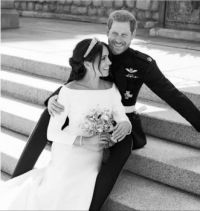 Official Wedding Photo of Harry and Meghan Wedding