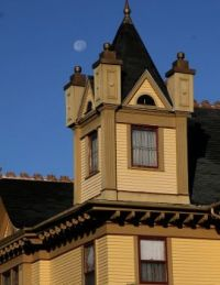 VICTORIAN HOUSE AND MOON