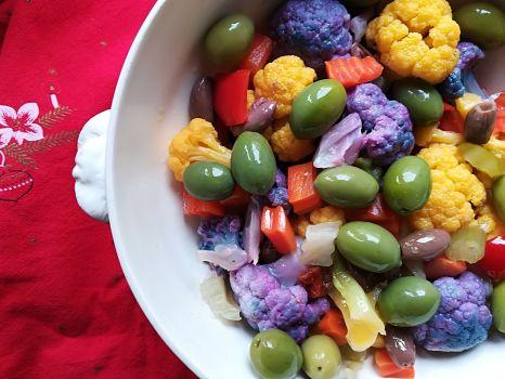 Cauliflowers salad