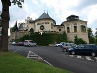 """Karlovy Vary - Doubí  """"Vánoční dům"""" Christmas House"""