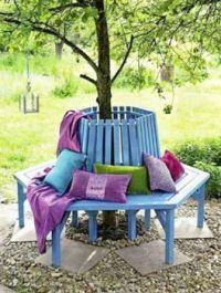 GARDEN IDEAS...BUILD A BENCH AROUND YOUR TREES...