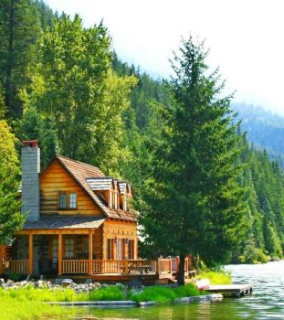 Log Cabin Along The Lake...