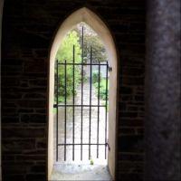 Up the garden path - Groatie Hoose