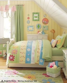 Yellow and green girl's bedroom