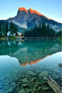 Emerald Lake in Yoho National Park, Alberta, Canada