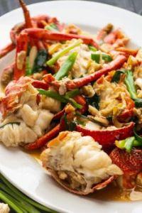 蔥薑龍蝦 CōngJiāngLóngXiā : Chinese Ginger Scallion Lobster