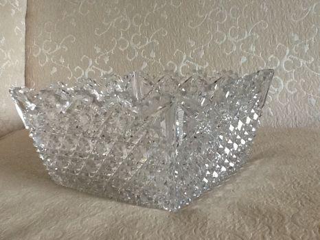 Square glass bowl