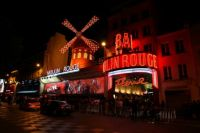 Landmark: Moulin Rouge, Paris, France