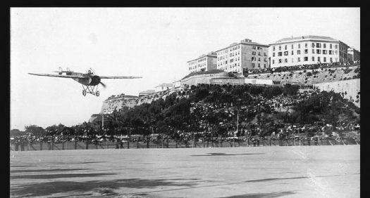 Raid aereo Parigi-Roma-Torino (piazza d'Armi)