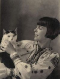 Wanda Gág and her cat