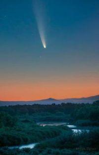 Comet Neowise over the Rio Grande River