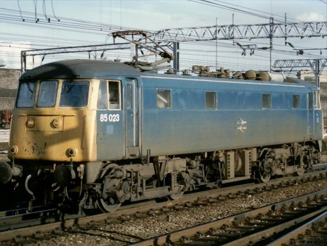 Class 85023 running light at Crewe - 31st Aug 1989