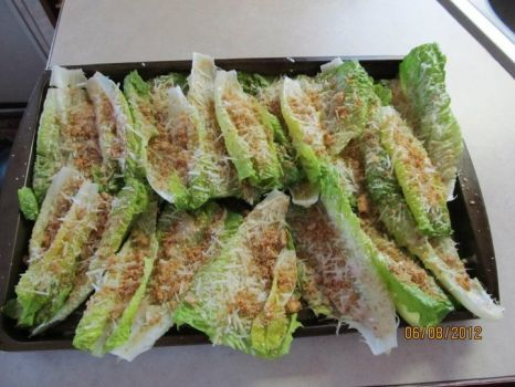 Caesar Salad as finger food. Awesome