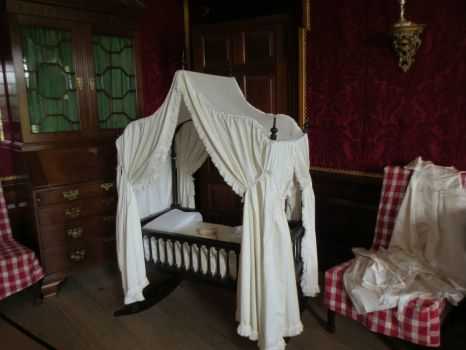 Baby Cradle, Colonial Williamsburg Governor's Palace