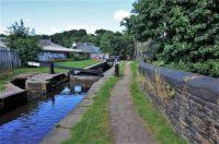 A cruise along the Huddersfield Narrow Canal (989)