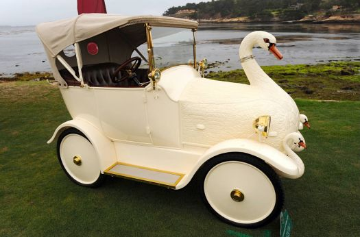 1908 Brooks Swan car