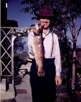 Dad's Picture with Big Fish (large)