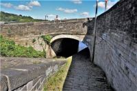 A cruise along the Huddersfield Narrow Canal (917)