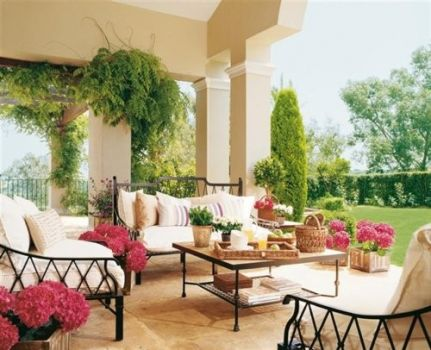 Lovely outdoor room