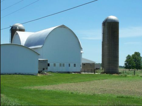 Barn on 250 between Ashland and Norwalk